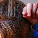 市販の白髪染めは抜け毛を加速する!そうならないために